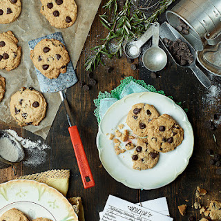 Rosemary Chocolate Chip Cookies – VIDEO