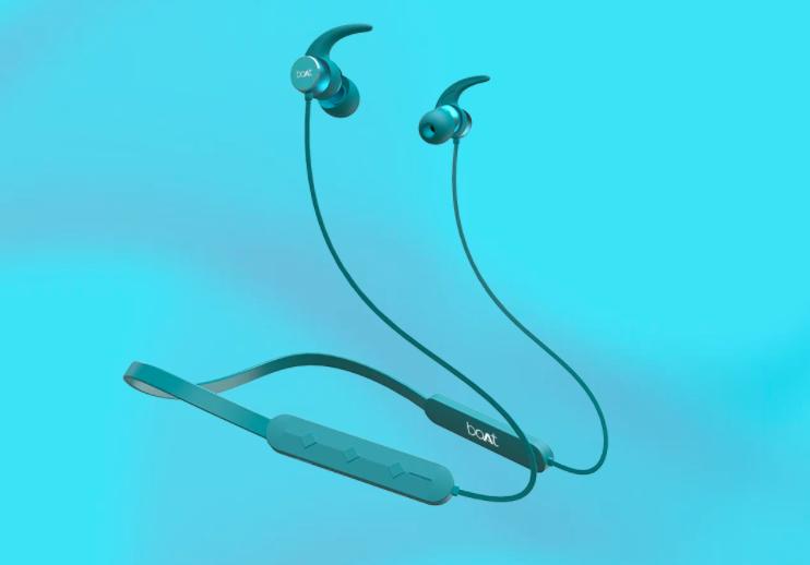 best-boat-gadgets-earphones