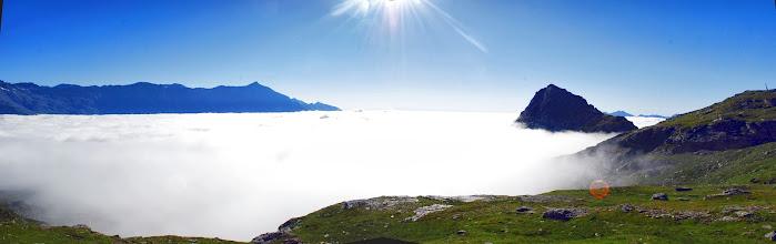 Photo: Un mare di nuvole sotto di noi...spunta solo il Toasso bianco