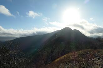 桜峠へ降りる