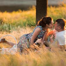 Wedding photographer Vitaliy Manzhos (VitaliyManzhos). Photo of 14.08.2018