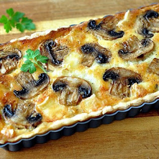 Quiche With Mushrooms And Cheese