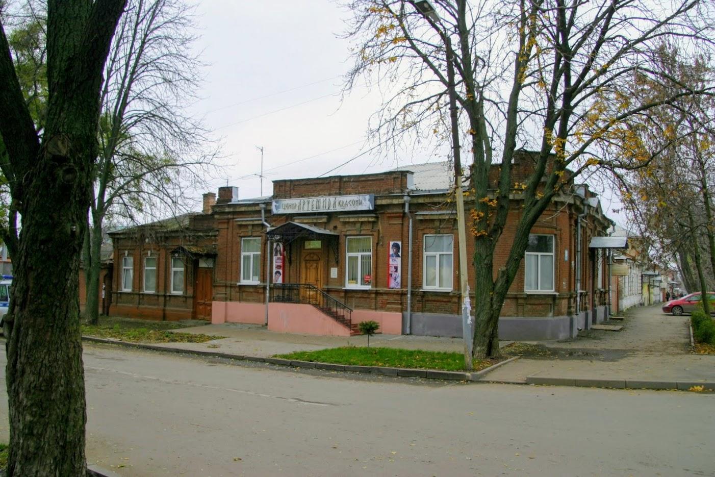 https://sites.google.com/site/istoriceskijtaganrog/cehova-ulica/dom-83