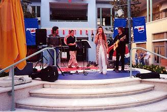 Photo: Pepsi stage at Sunset Place - S. Miami with musicians Ivo de Carvalho, Saulo Ferreira e Jose Rubens - 2000