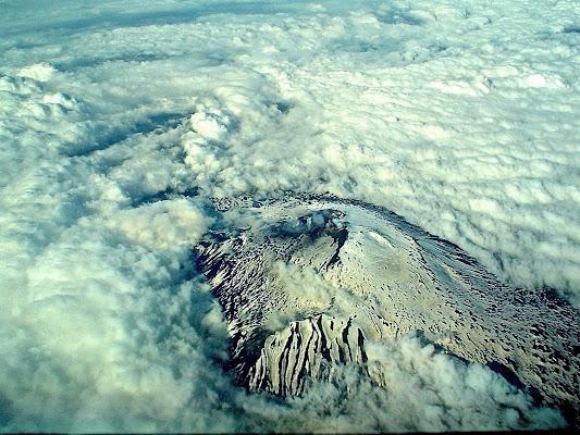 Montagne oltre le nuvole. di FP66