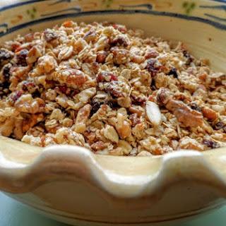 Granola with Almonds, Walnuts, Cranberries and Goji Berries