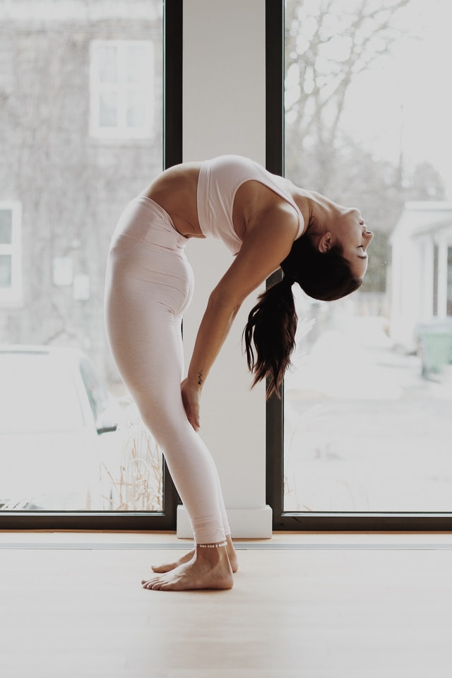 What To Wear With Yoga Pants
