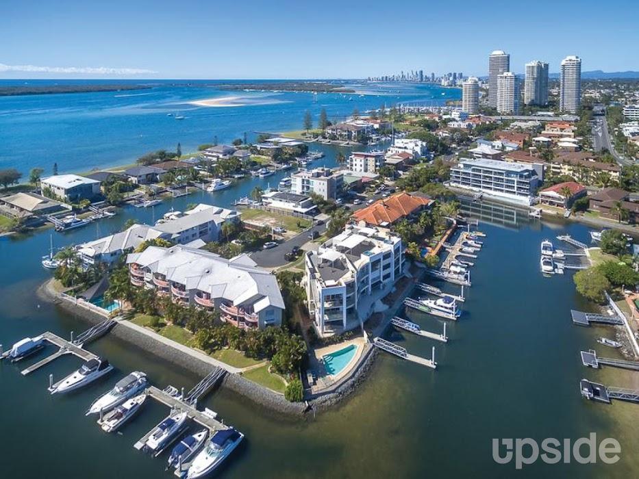 Main photo of property at 3/18 Canal Avenue, Runaway Bay 4216