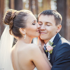 Wedding photographer Natalya Perminova (NataDev). Photo of 05.12.2013