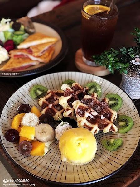 錫鼓 Tin Drum原順風號 台南美食順風號新址,日式建築環境美美的,文內附完整菜單。台南早午餐|台南下午茶