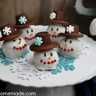 Snowman OREO Cookie Balls Recipe