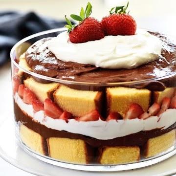 Strawberry Chocolate Pound Cake Trifle Recipe