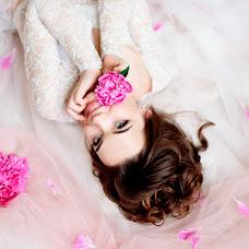 Wedding photographer Nadezhda Zhizhnevskaya (NadyaZ). Photo of 12.02.2018