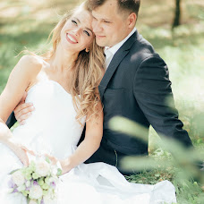 Wedding photographer Valentina Uvarova (uvarova). Photo of 28.08.2017