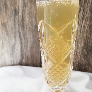 Sparkling Vodka Lemonade.