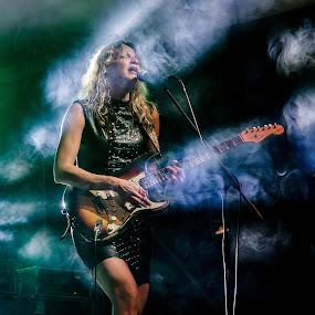 Ana Popovic by Andrea Magnani - People Musicians & Entertainers ( music, concert, solo, fender, guitarist, musician, livemusic )