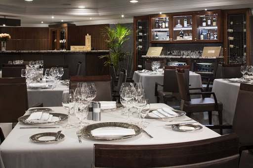 Tuscan Steak on Oceania's Sirena offers a modern take on the traditional steakhouse.