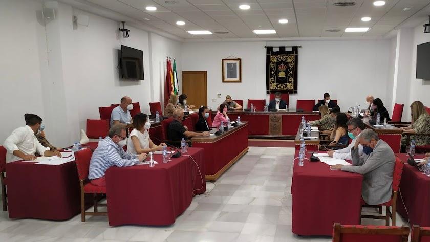 Sesión plenaria celebrada en el consistorio en la que se ha aprobado la medida.
