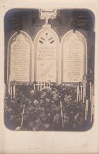 Photo: 82 - Nègrepelisse - Plaques commémoratives 14-18 église