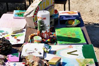 Photo: Products of the artistic workshop around the candle