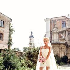 Wedding photographer Aleksandr Slobodyan (MEGAS). Photo of 16.04.2016