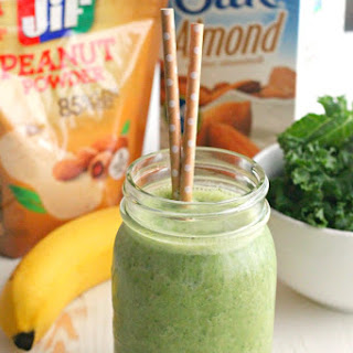 Kale, Banana, and Peanut Powder Smoothie.