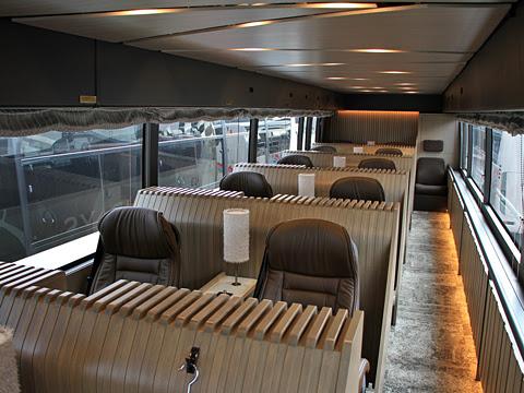 西鉄観光バス「GRANDAYS」 8545 車内