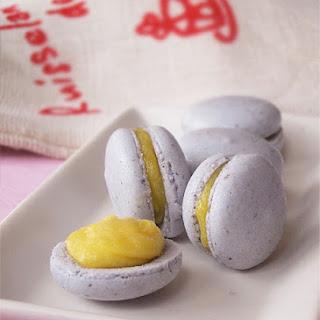 Lavender Macaron with Lemon Curd