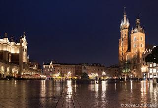 Photo: Rynek Głowny - Főtér este