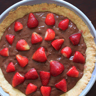 Nutella Pudding Strawberry Tart