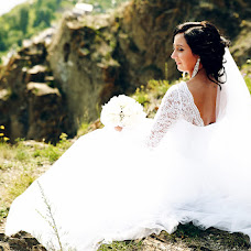 Wedding photographer Lesya Frolenkova (Lesyafos). Photo of 10.09.2017