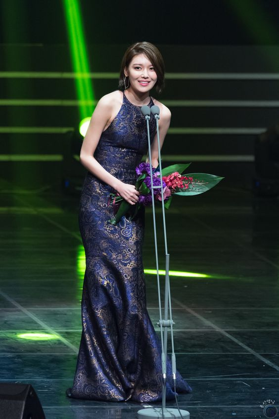sooyoung gown 25