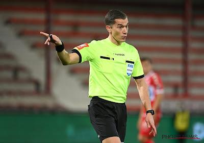 """Kompany houdt weer pleidooi richting refs: """"Ik pleit voor voetbal waar spelers met elkaar in strijd kunnen gaan"""""""