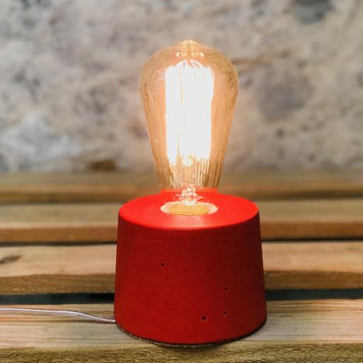 lampe béton design rouge