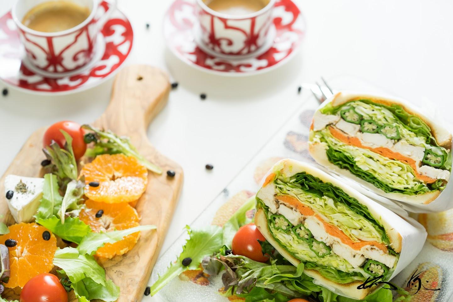 パワーサラダでサンドイッチ!