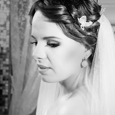 Wedding photographer Kseniya Isakova (kellynow). Photo of 22.04.2014
