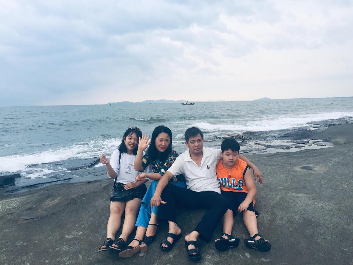 Phương Hoa và gia đình
