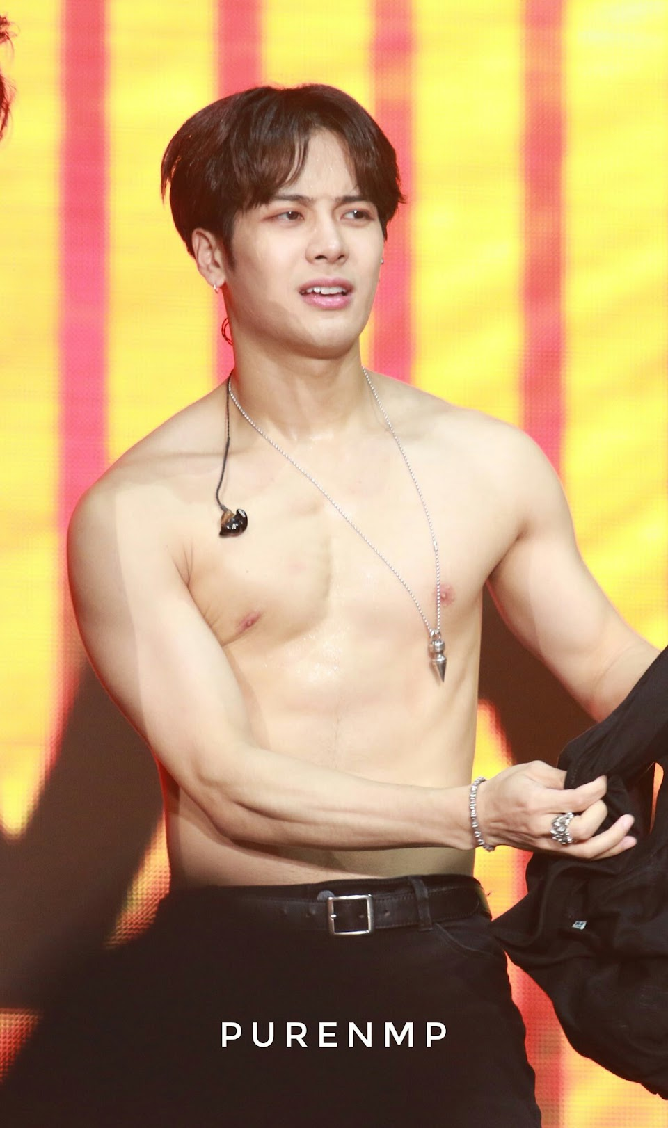 10 Heart Stopping Times Got7 Members Revealed Their Abs