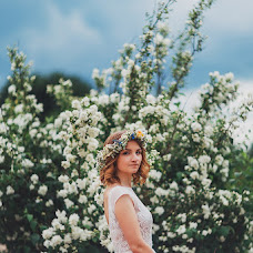 Wedding photographer Irina Nikiforova (DeCadence). Photo of 19.10.2017