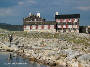 Photo: Snøheim, which will once again become a tourist lodge, after having been inside the military shooting range in Dovrefjell since the fifties - but which is now beeing decommisioned