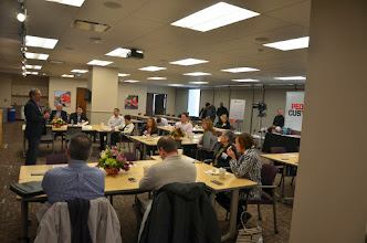 Photo: Bruce Temkin welcomes attendees to the Feb. 11, 2014 CXPA Best Practice Visit hosted by Safelite AutoGlass.