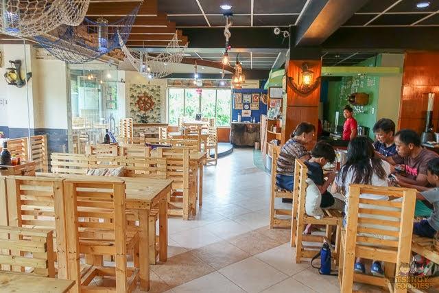 krabous seafood restaurant dining interiors