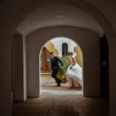 Wedding photographer Miguel angel Muniesa (muniesa). Photo of 21.12.2018