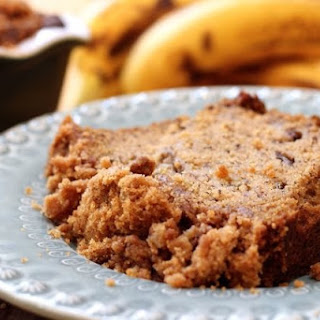 Cinnamon Swirl Banana Bread with Streusal Topping
