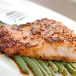 Hollandaise Salmon and Asparagus.