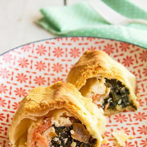 Puff Pastry with Salmon, Feta and spinach