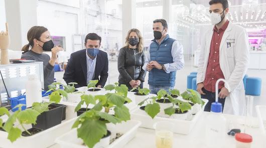Diputación conoce la innovación agrícola que exporta Kimitec a 94 países