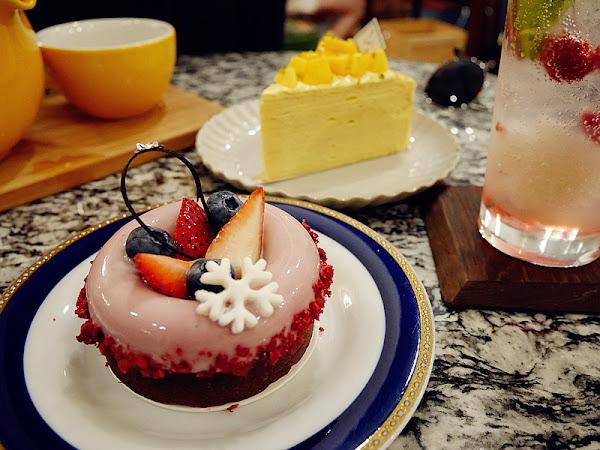 新北下午茶/ponpie澎派。板橋巷弄小清新人氣午茶,琳瑯滿目的甜點