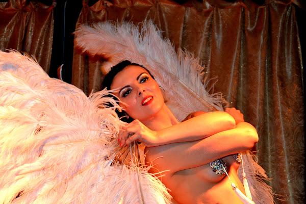 Life is Cabaret di desideria maglione