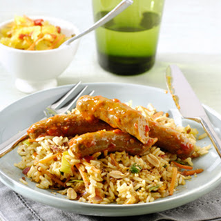 Gebakken Nasi Goreng met Seroendeng en sambal runderworstjes